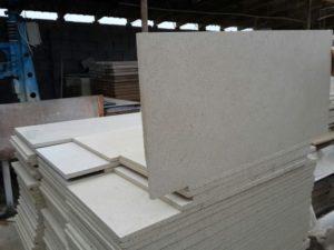 Плиты из песчаника 750-350-20мм 1200р м2